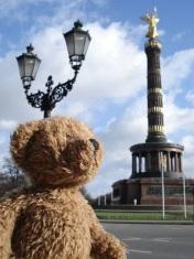 Teddy Bear in Berlin — Victory Column